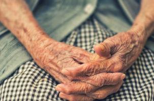 Atención informal a personas dependientes